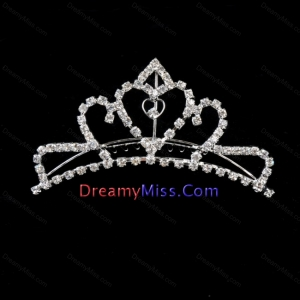 Sweet Tiara With Cute Sweetheart Shaped Rhinestone