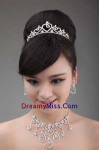 Elegant Rhinestone Wedding Jewelry Set Including Drop Earrings Crown and Necklace