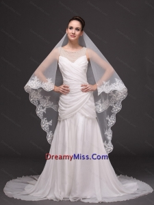 Lace Appliques Two Tier Tulle Graceful Wedding Veil