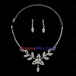 Lovely Alloy With Rhinestone Women Jewelry Set Including Necklace and Earrings