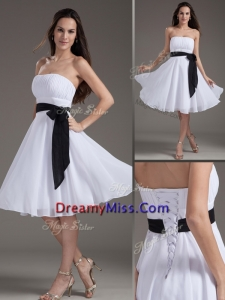 2016 Strapless Sash White Short Prom Dress for Homecoming