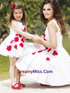 Classical Embroidered Amazing Prom Dress with Knee Length and Hot Sale Scoop Little Girl Dress in White