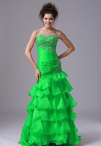 Vintage Sweetheart Neck Beaded Tiered Green Evening Dresses