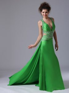 Discount V-neck Watteau Ladies Evening Dress in Spring Green