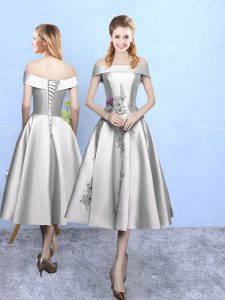 Hot Selling Silver A-line Off The Shoulder Sleeveless Taffeta Tea Length Lace Up Appliques Dama Dress for Quinceanera