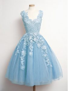 Sweet Sleeveless Tulle Knee Length Lace Up Quinceanera Court of Honor Dress in Light Blue with Appliques