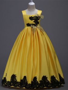 Fashionable Sleeveless Floor Length Appliques and Bowknot Zipper High School Pageant Dress with Yellow