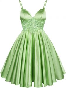 Deluxe Lace Quinceanera Court Dresses Green Lace Up Sleeveless Knee Length