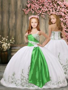 Enchanting White Lace Up Girls Pageant Dresses Embroidery and Belt Sleeveless Floor Length