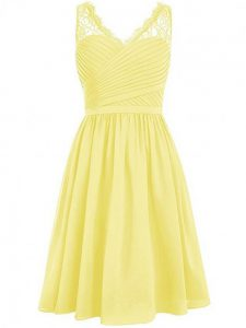 Glamorous Yellow V-neck Side Zipper Lace and Ruching Quinceanera Court Dresses Sleeveless