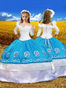 Hot Selling Off The Shoulder 3 4 Length Sleeve Lace Up Kids Pageant Dress Blue And White Taffeta