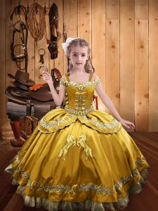 Cute Off The Shoulder Sleeveless Satin Kids Pageant Dress Beading and Embroidery Lace Up