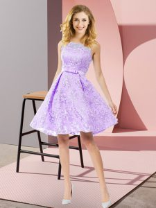 Sleeveless Lace Knee Length Zipper Quinceanera Court Dresses in Lavender with Bowknot