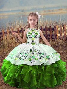 Green Scoop Lace Up Embroidery and Ruffles Little Girls Pageant Gowns Sleeveless