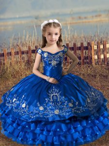 Royal Blue Lace Up Off The Shoulder Embroidery and Ruffled Layers Little Girls Pageant Gowns Satin and Organza Sleeveless