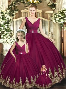 Modest Burgundy Ball Gowns Beading and Appliques Quinceanera Gowns Backless Tulle Sleeveless Floor Length
