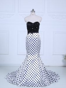 Hot Sale White And Black Printed Zipper Sweetheart Sleeveless Prom Gown Brush Train Lace