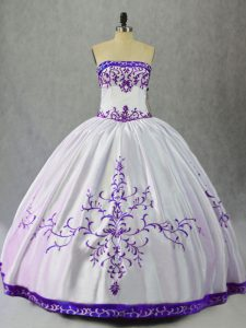 Charming White And Purple Scoop Neckline Embroidery 15th Birthday Dress Sleeveless Lace Up