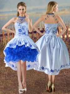 Sleeveless Embroidery and Ruffles Lace Up Club Wear with Blue And White