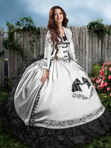 Hot Selling White And Black Lace Up Sweet 16 Dresses Embroidery and Ruffles Sleeveless Floor Length