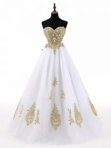 Gorgeous A-line Quinceanera Dresses White Sweetheart Tulle Sleeveless Floor Length Lace Up