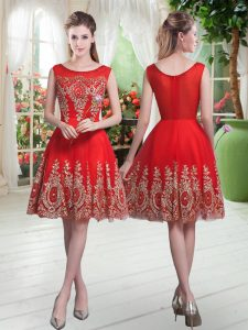 Red Sleeveless Knee Length Beading and Appliques Zipper Dress for Prom