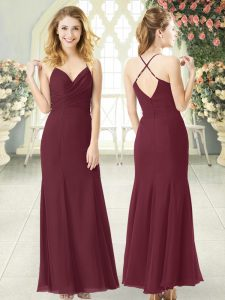 Sexy Burgundy Column/Sheath Spaghetti Straps Sleeveless Chiffon Floor Length Zipper Ruching Prom Dresses