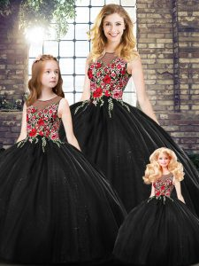 Enchanting Black Zipper Quinceanera Gown Sleeveless Floor Length Embroidery