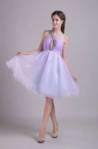 Exclusive Lilac V-neck Knee-length Prom Dresses for Party with Beading