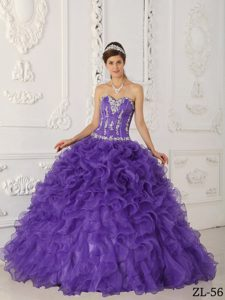 Hot Sale Sweetheart Purple Quinceanera Gowns with Ruffles and Appliques