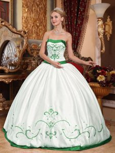 Wholesale White and Green Strapless Quinceaneras Gown with Embroidery