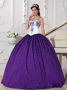 2014 Sweetheart White and Eggplant Purple Quince Dress with Embroidery