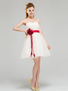 21ef2d57c15 White Tulle Zipper Sweetheart Sleeveless Mini Length Dama Dress for  Quinceanera Sashes ribbons and Hand Made