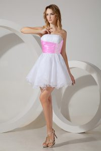 White A-line Beading Quinceanera Dama Dress Zipper Organza Sleeveless Mini Length