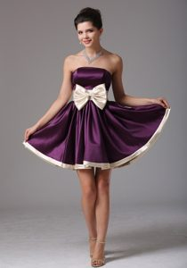 Dark Purple Strapless Mini-length Casual Prom Dress for Girls with Big Pink Bow