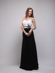 White and Black Sweetheart Long Chiffon Ruched Appliqued Casual Dresses