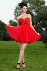 Red Princess Sweetheart Casual Homecoming Dress with Beading
