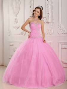 Lovely Sweetheart Tulle Pink Quinces Dresses with Appliques and Beading