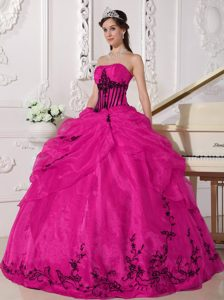 Coral Red and Black Long Sweet Quinceanera Dress with Appliques