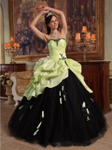 Yellow Green and Black Quince Dress with Handle Flowers