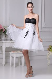 Black and White Sweetheart Prom Homecoming Dress with Beads
