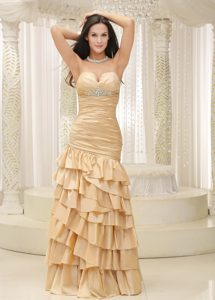 Timeless Sweetheart Prom Pageant Dresses with Ruffled Layers in Champagne