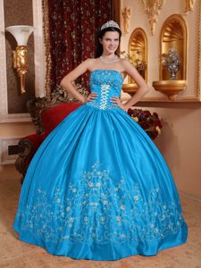 Strapless Long Teal Popular Dress for Quince with Embroidery