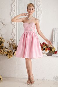 Lovely Baby Pink Sweetheart Beaded Knee-length Holiday Dresses