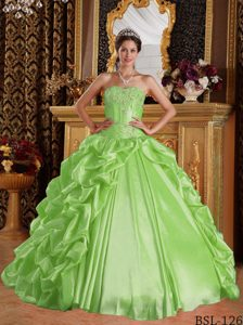 Breathtaking Yellow Green Embroidery Sweetheart Quinceanera Dresss