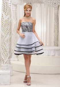 Unique Zebra and White Strapless Knee-length Prom Cocktail Dress with Layers