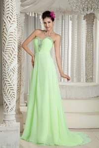 Discount Sweetheart Yellow Green Beaded Chiffon Dresses for a Nightclub