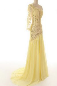 Beautiful One Shoulder Light Yellow Column/Sheath Lace Prom Dresses Side Zipper Chiffon and Lace 3 4 Length Sleeve