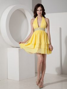 Inexpensive Yellow Halter Quinceanera Party Dress with Beading