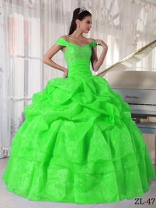 Off The Shoulder Long Spring Green Beading Quinces Dresses
